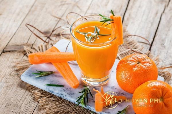 Cà rốt là loại rau củ hỗ trợ làm trắng da hiệu quả
