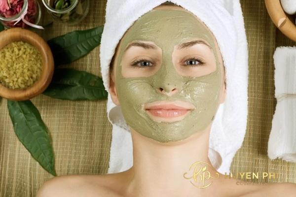 Tẩy da chết với tần suất phù hợp để đảm bảo an toàn cho da