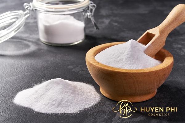 Muối và baking soda làm se khít lỗ chân lông