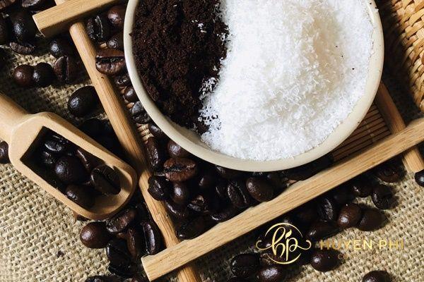 Muối ăn và cafe là giải pháp an toàn cho làn da luôn căng bóng khỏe mạnh