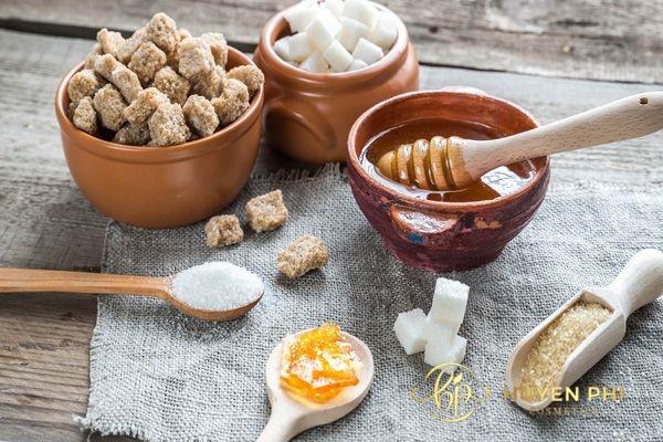 Mật ong và đường là nguyên liệu làm đẹp da an toàn