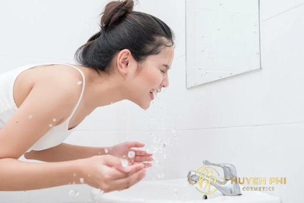 Chú ý bước làm sạch da trước khi tẩy da chết