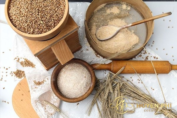 Cám gạo là nguyên liệu làm đẹp nổi tiếng trong dân gian