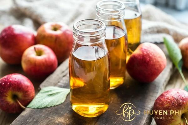Giấm táo là nguyên liệu chữa cháy nắng an toàn