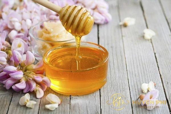 Mật ong là giải pháp tẩy lông an toàn cho vùng da dưới cánh tay