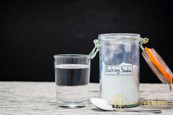 Baking soda là nguyên liệu có tính tẩy rửa cao