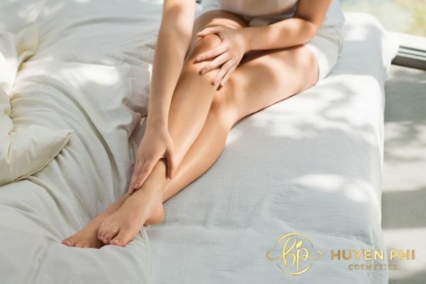 Tẩy lông nên kết hợp dưỡng ẩm giúp da luôn mềm mịn