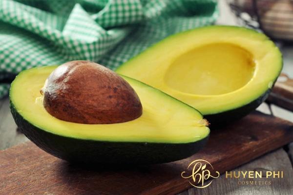 Bơ là trái cây tự nhiên giúp triệt lông an toàn