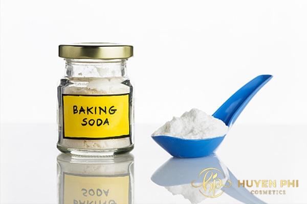 Baking soda sát khuẩn và làm dịu da nhanh chóng