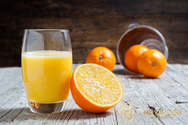 Nước cam cung cấp vitamin tốt cho da