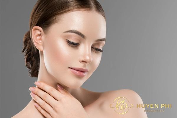 Kem Face cung cấp các dưỡng chất làm đẹp da nhanh chóng