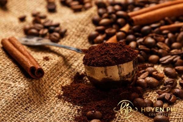 Bã cà phê loại bỏ các thành phần gây hại cho da hiệu quả