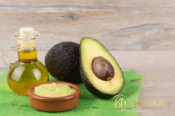 Bơ và dầu oliu làm đẹp cho da nhạy cảm