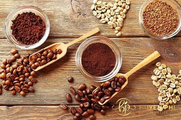 Bã cafe là nguyên liệu được ứng dụng phổ biến trong triệt lông