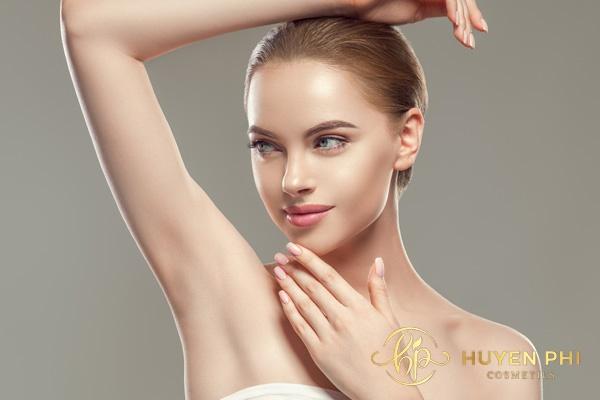 Thực hiện tẩy lông nách với kem đánh răng kiên trì sẽ mang lại hiệu quả tối ưu