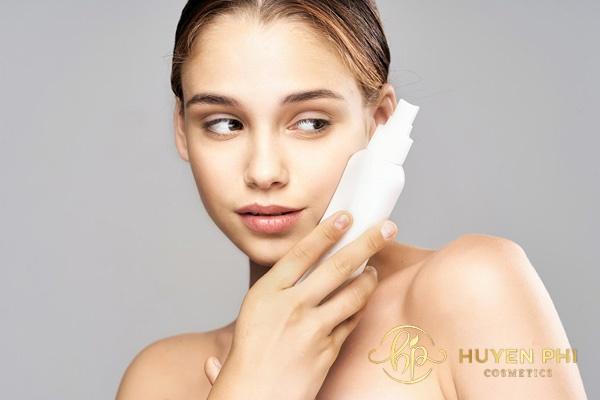 Thoa kem chống nắng bảo lâu thì rửa mặt? Thời gian cần lưu ý - Ảnh 4