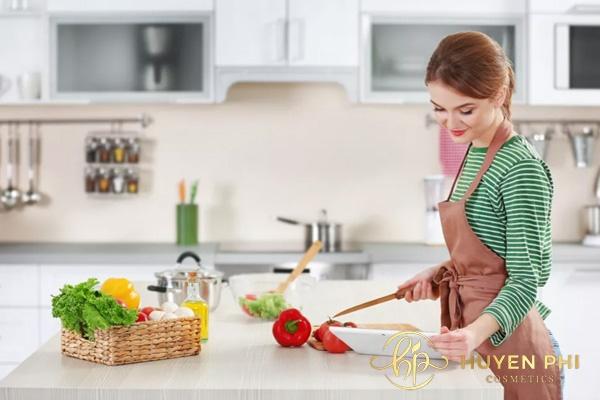 Ăn gì để trị nám và tàn nhang? Cần lưu ý gì khi chọn thực phẩm - Ảnh 2