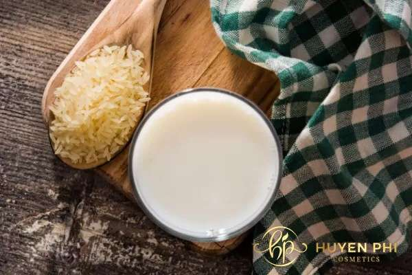 10 cách làm trắng da bằng nước vo gạo hiệu quả đơn giản tại nhà - Ảnh 2