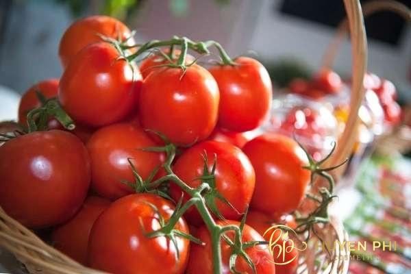 Cà chua chứa nhiều dưỡng chất chống lão hóa trên da an toàn