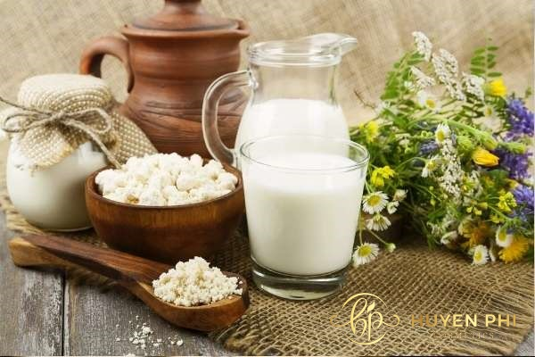 Sữa tươi giúp da trắng mịn hoàn hảo