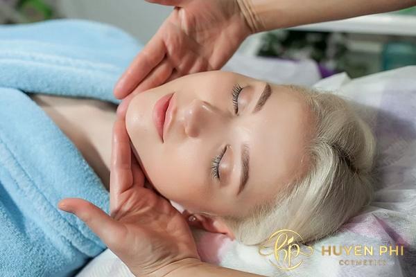 Massage cổ chống nhăn tối ưu