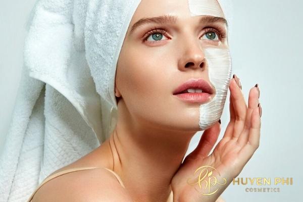 cách trị dị ứng da mặt bằng nước muối