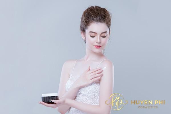 Lựa chọn kem dưỡng có chiết xuất thiên nhiên để bảo vệ da