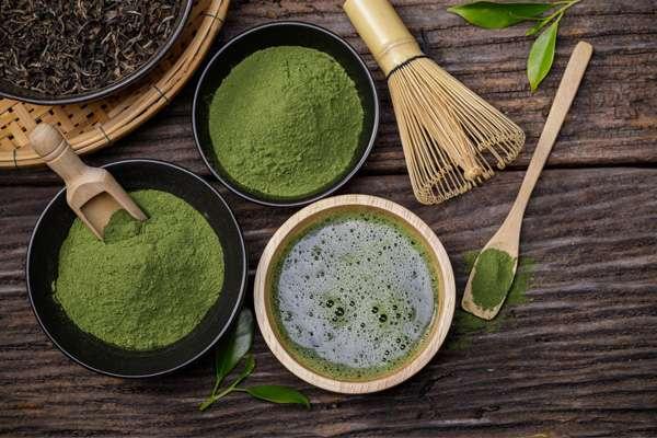 Bột trà xanh matcha là thức uống bổ dưỡng cho da