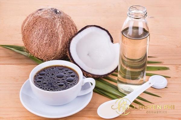 Bã cafe và dầu dừa làm trắng da toàn thân an toàn