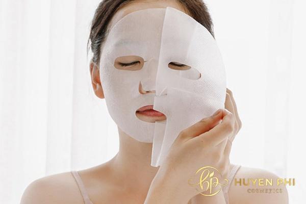 Mặt nạ giấy cung cấp độ ẩm, dưỡng chất cho da khô
