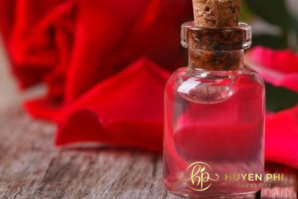 Nước hoa hồng cung cấp dưỡng chất tối ưu cho da